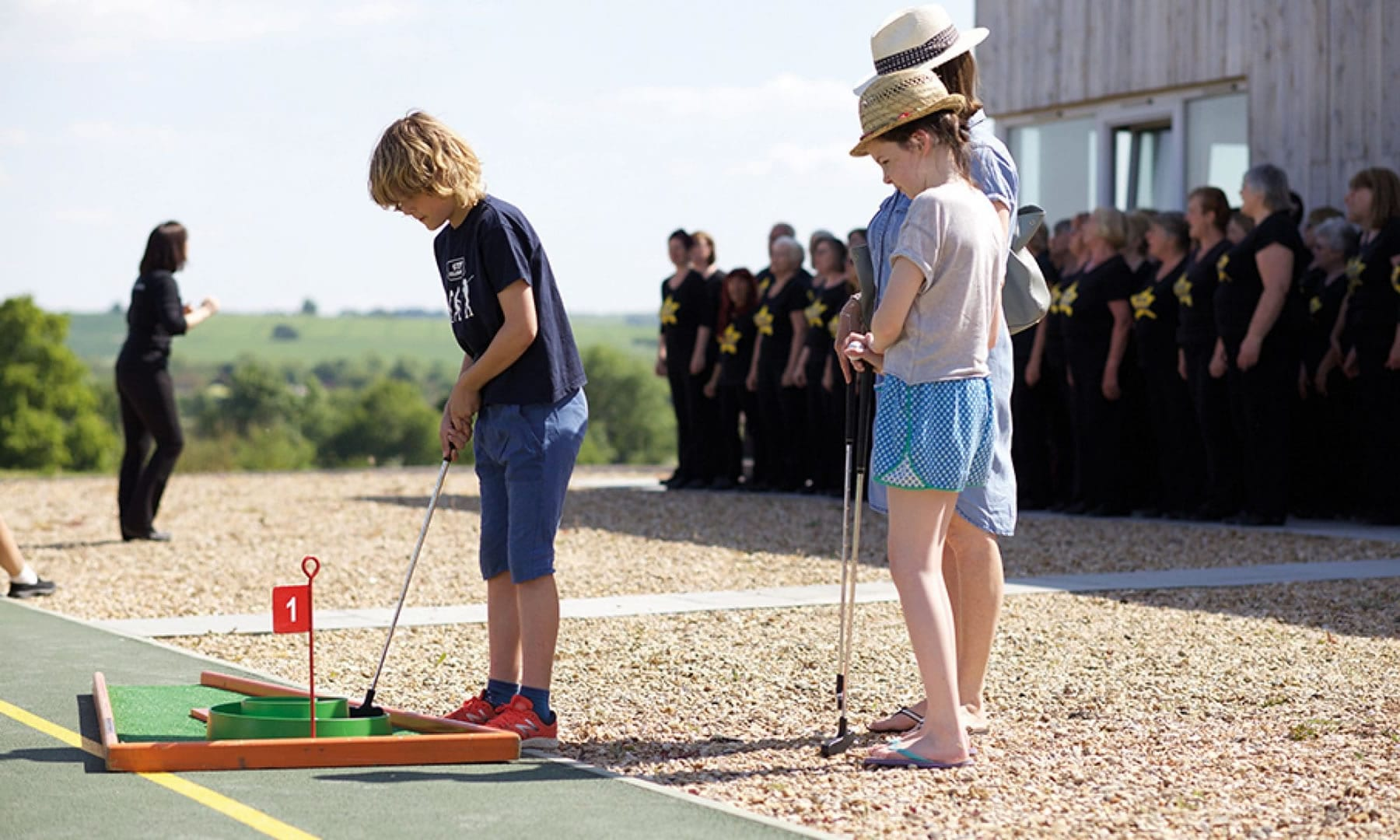 Maymessy celebrations: Crazy golf and rock choir